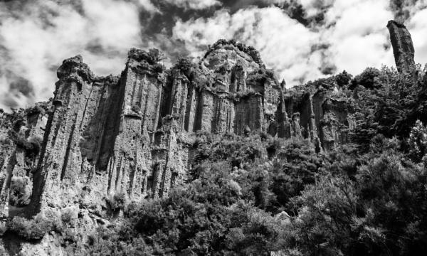 Pinnacles  NZ (2) by barryyoungnz