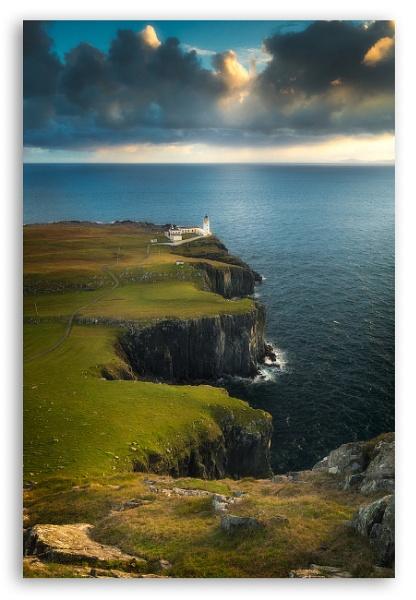 Neist Point Lighthouse by surelyknott