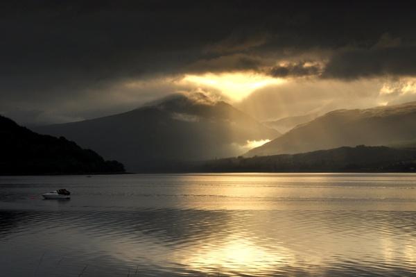 Stormy Loch Fyne by Paulocks