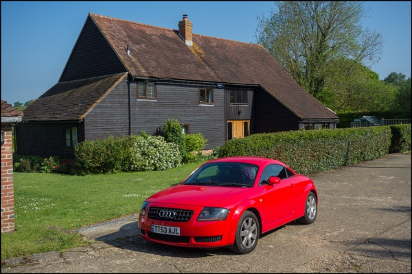 Audi TT 8N with Kentish Farmhouse by bwlchmawr