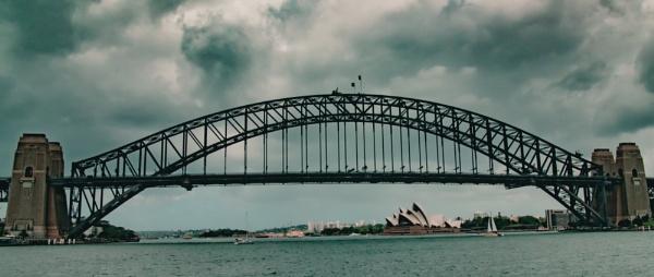 Harbour Bridge by Alain