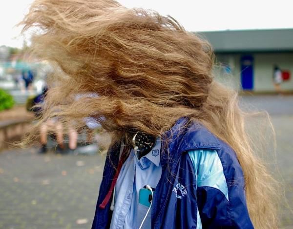 Mad Hair by heyitshenry
