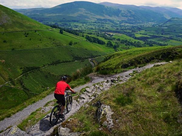 Lonscale Crags, Lake District - mountain biking. by terra