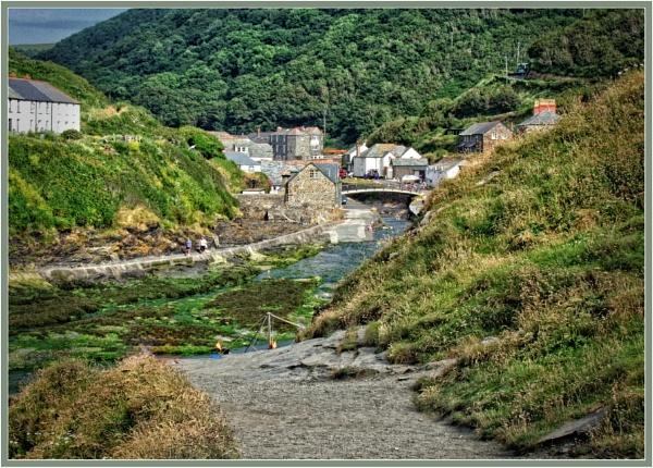 Boscastle in Cornwall by PhilT2