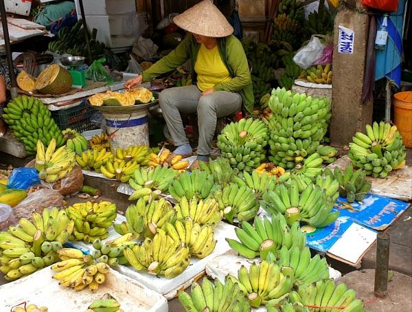 Bananas by littleflea