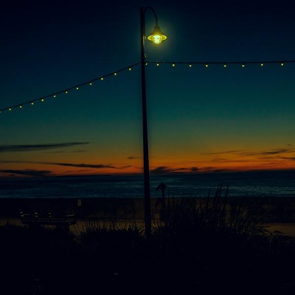 Sun set by goong