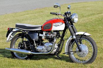 Triumph Bonneville ?