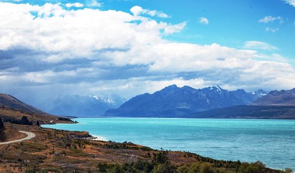 Lake Pukaki Mount Cook NZ by Janetdinah