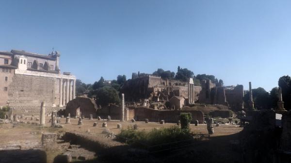 Forum-Rome by Hamlin