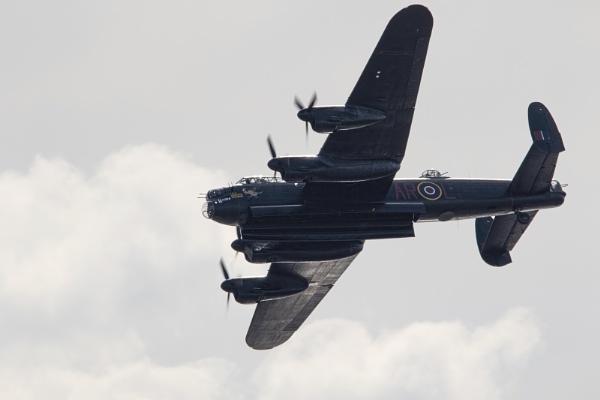 Lancaster Bomber by royd63uk