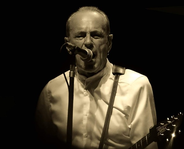 Francis Rossi by sevenmalt