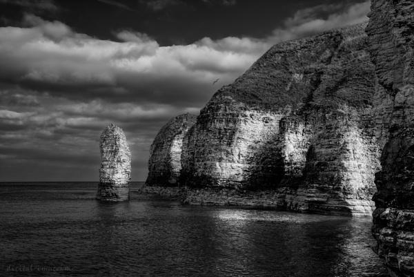 Selwicks Bay XXVI by Alan_Baseley