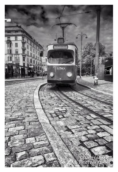 Helsinki Tram by IainHamer
