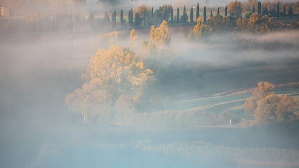 Tuscany fog by rontear