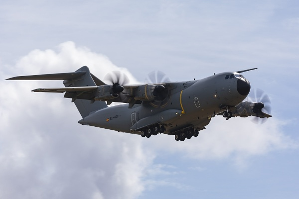 A400M by CanonMan