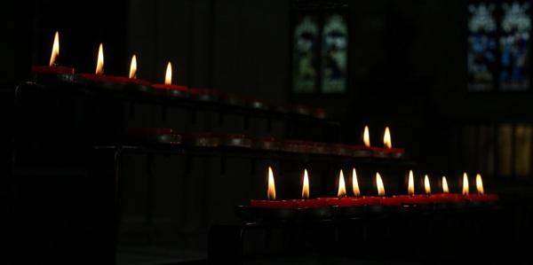 Candles by RysiekJan
