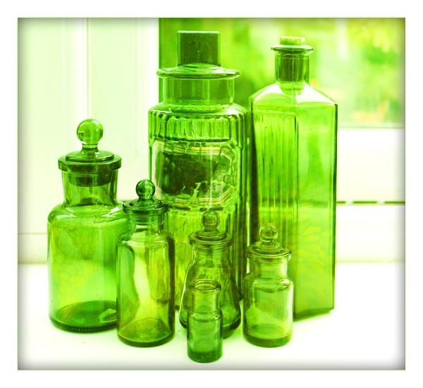 Green bottles by helenlinda