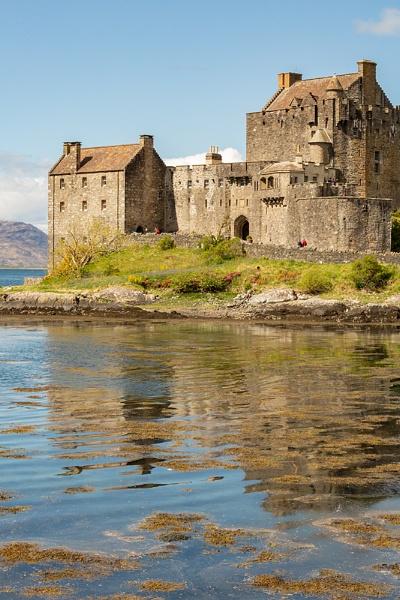 Eileen Donan Castle by rontear