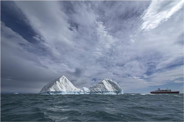 Iceberg by mjparmy