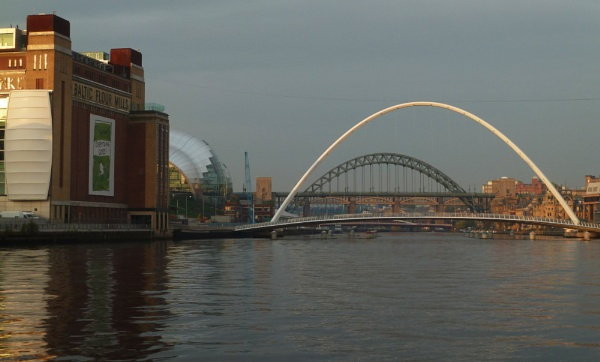 Bridges of the Tyne by Pipgt