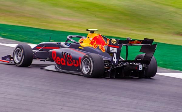 Liam Lawson FIA GP3 by alloutraw