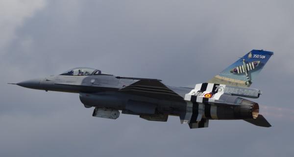 350 Sqn F-16 by Kako