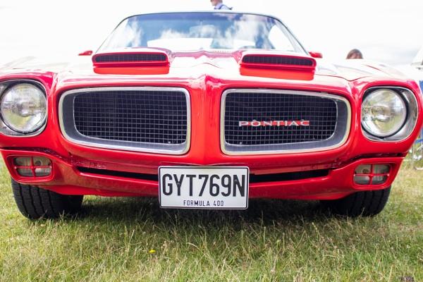 Pontiac Front by lesstow