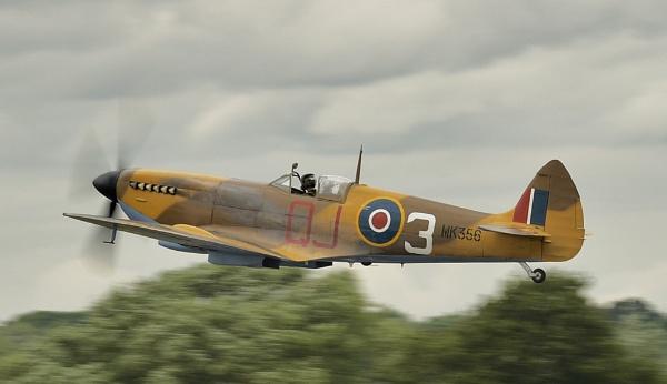 Spitfire by nealie