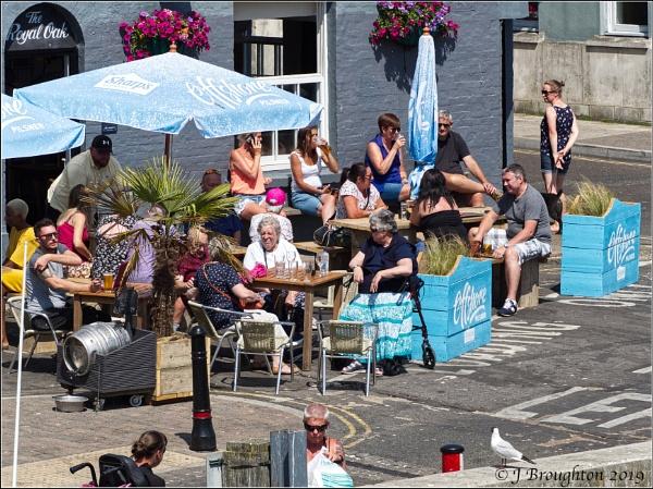 Weymouth Street Scene by johnzsv