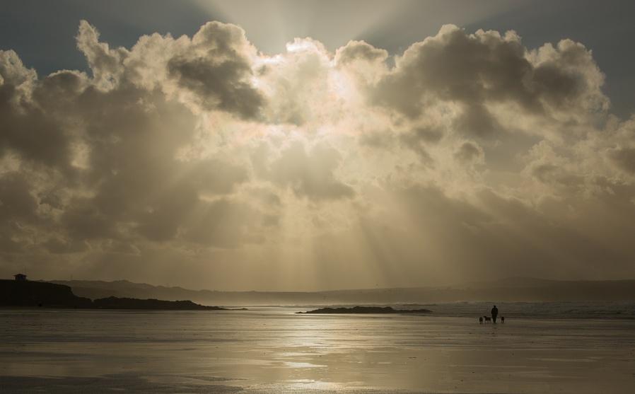 Holiday stroll on the beach...
