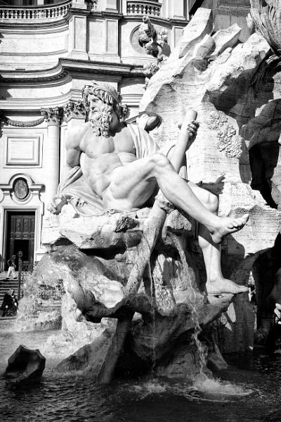 Fontana dei Quattro Fiumi by NevJB