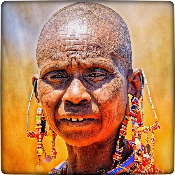 Masai woman by papajedi