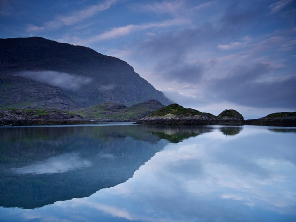 Reflection of Sgurr na Stri in Loch Scavaig by prtd