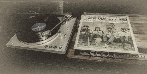 Vinyl by Leikon