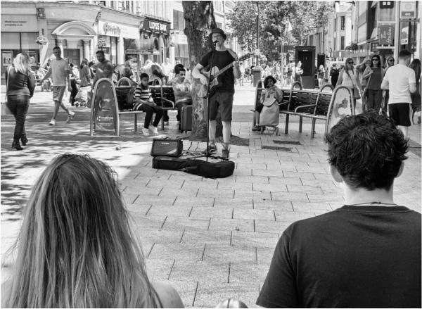 Street music. by franken