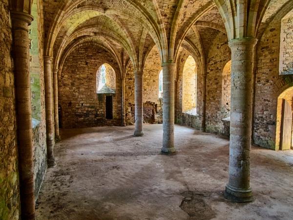 Undercroft at Battle Abbey by Meditator