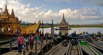 Phaung Daw Oo Festival, Myanmar