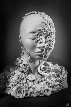 Bust in porcelain