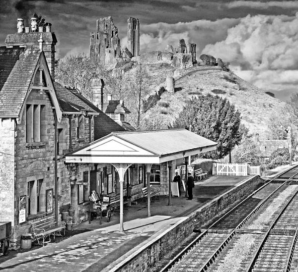 Corfe Castle Station by starckimages