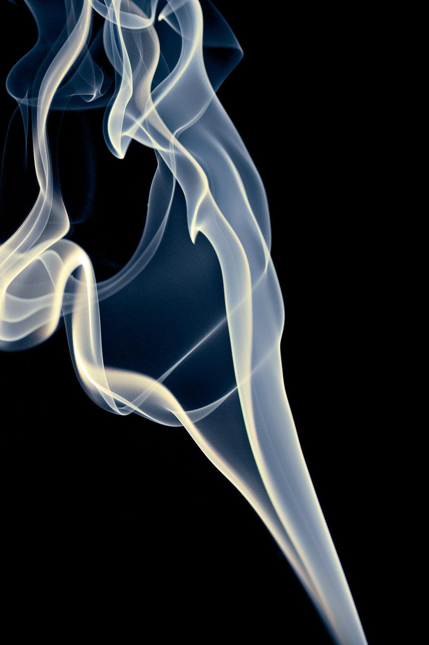 Smoke aperture