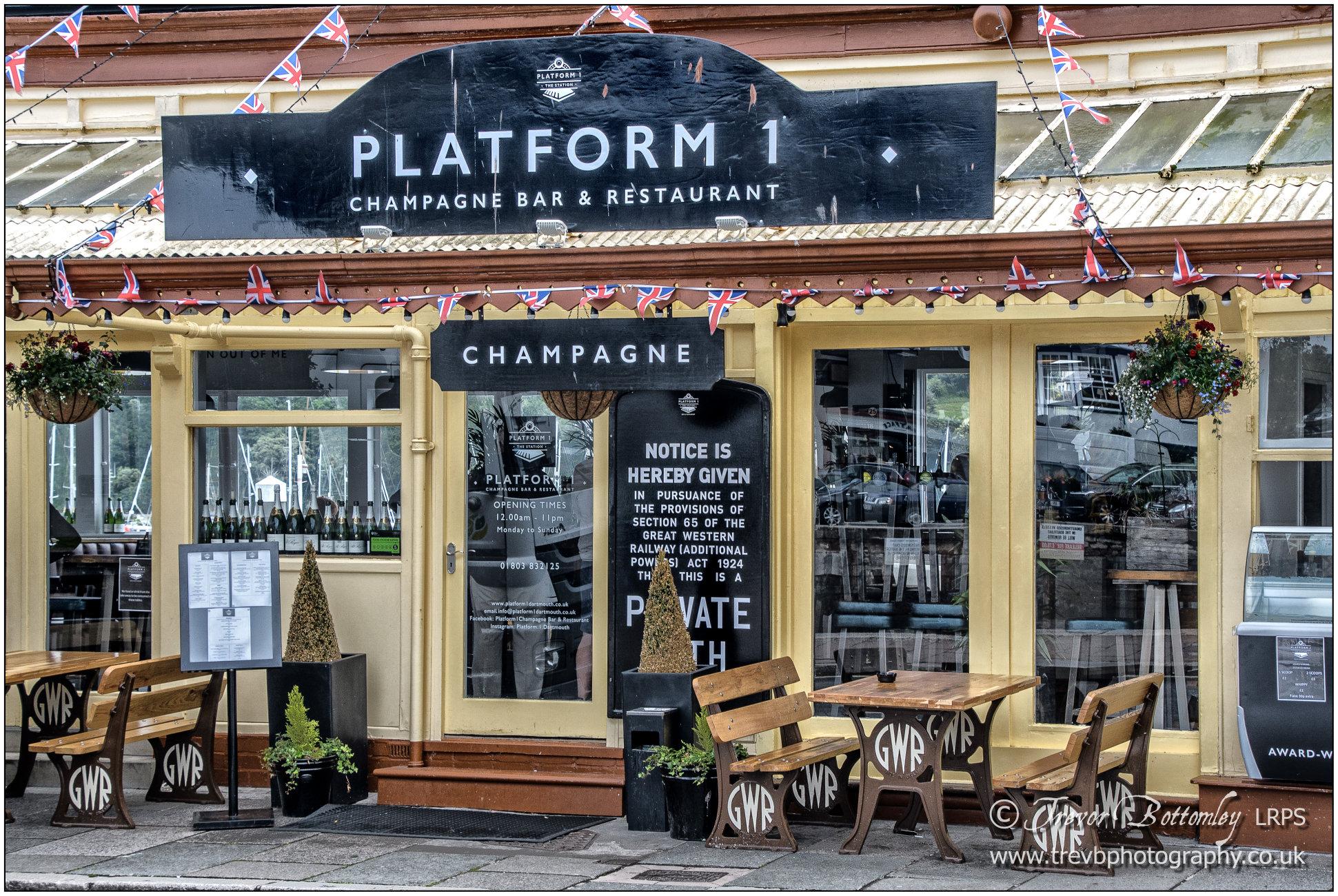 'Platform 1 Champagne Bar & Restaurant'