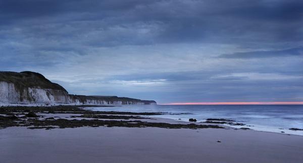 Flamborough Dawn by rickhanson