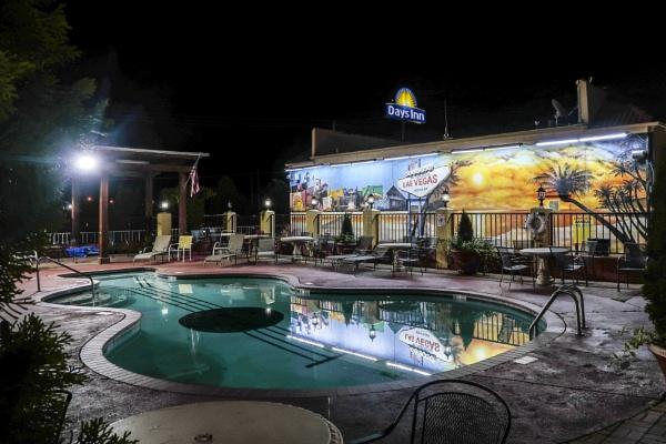 Days Inn, Memphis (Near Graceland) by Owdman