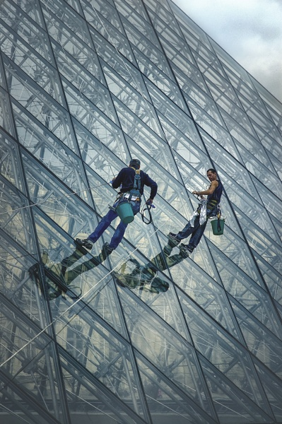 Cleaning Windows by MAK2