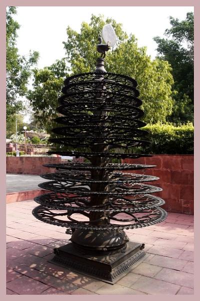 Thousand Lamp stand by prabhusinha