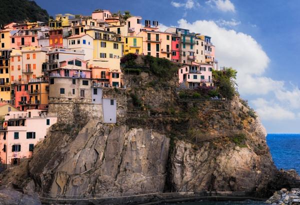 Cinque Terre - Italy by bobbyl