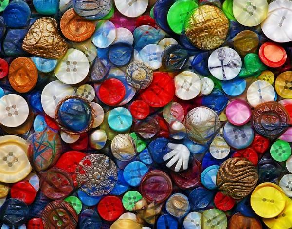 Button box by jbsaladino