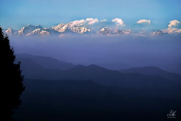 | The Kanchenjunga | by AkashdeepSaha