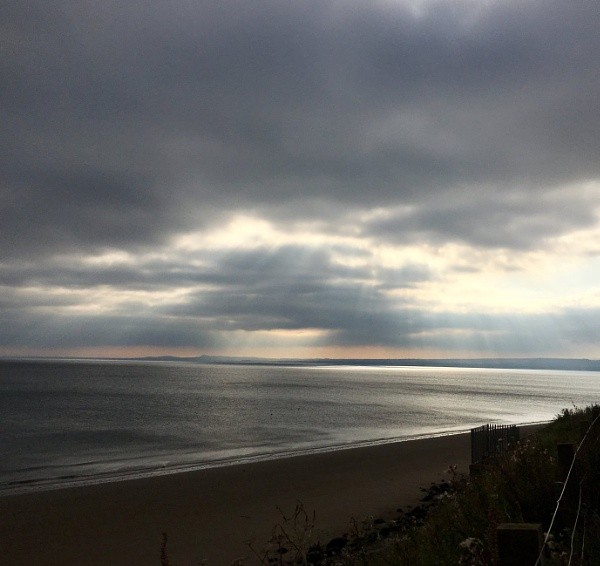 Seafield sunrise. by Pinarellopete