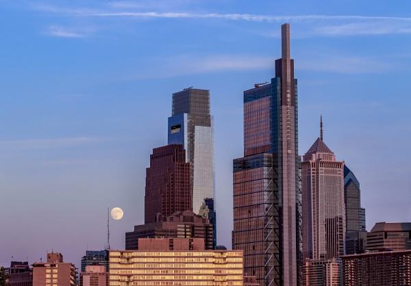 Philadelphia skyline by TDP43